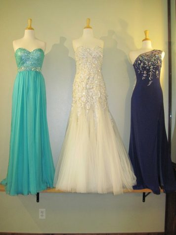 Prom facebook page becomes a dress market