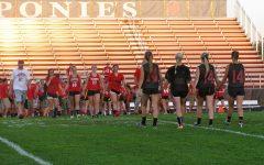 Seniors bring back Powderpuff football