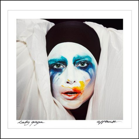 Lady Gaga's new look pops