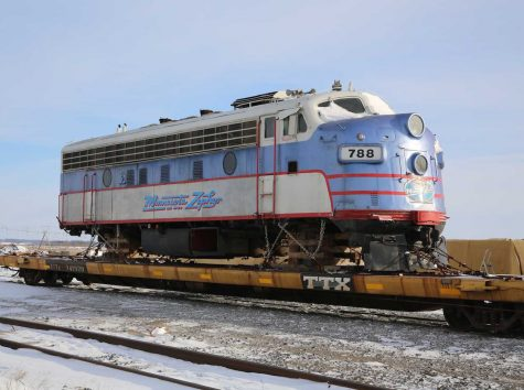 Zephyr Train departs from Stillwater
