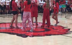 Students show Pony pride, welcome back Pep Fest