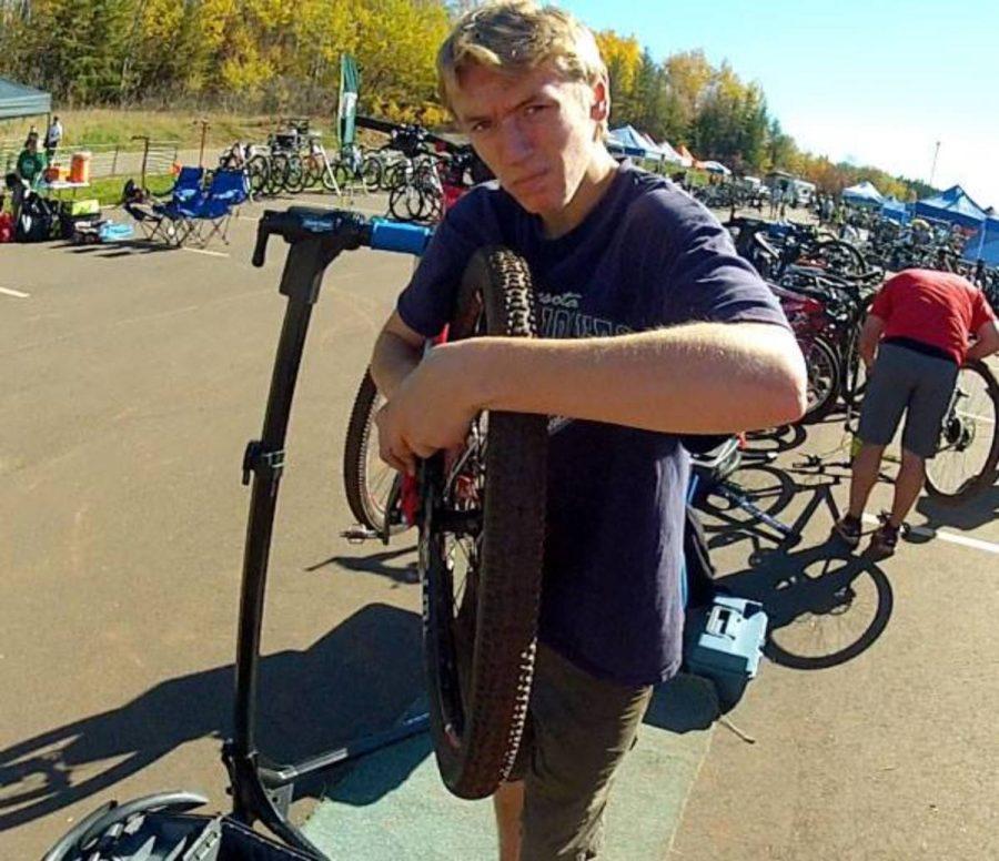 Junior equipment managers join Mountain Biking Team