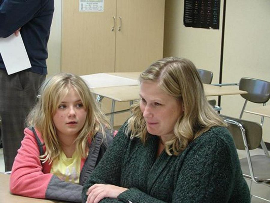 Mother Michelle Tague and her daughter Sarah both attended the parent meeting for Valley Crossing parents. Sarah will miss some of the teachers at Valley Crossing and recess, but she is very excited to learn new things. Sarah said,