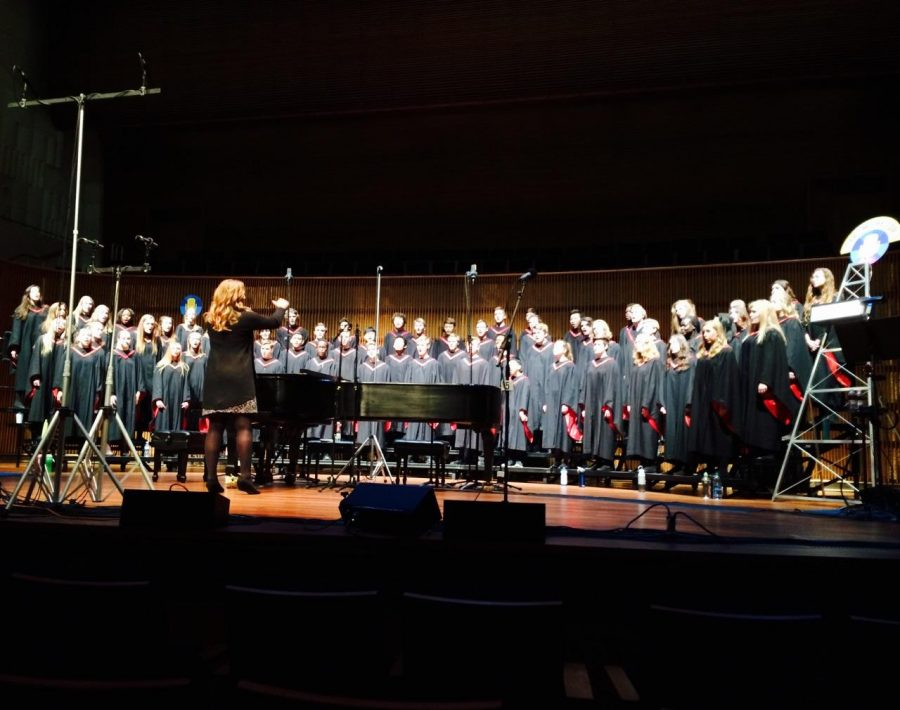 CIS+choir+travels+to+different+college+campuses+to+perform+and+receives+college+credit+from+Century.+They+were+recently+featured+on+NPR+radio+station+after+being+chosen+by+%22From+The+Top%22+organization.+Photos+are+courtesy+Angela+Mitchell.