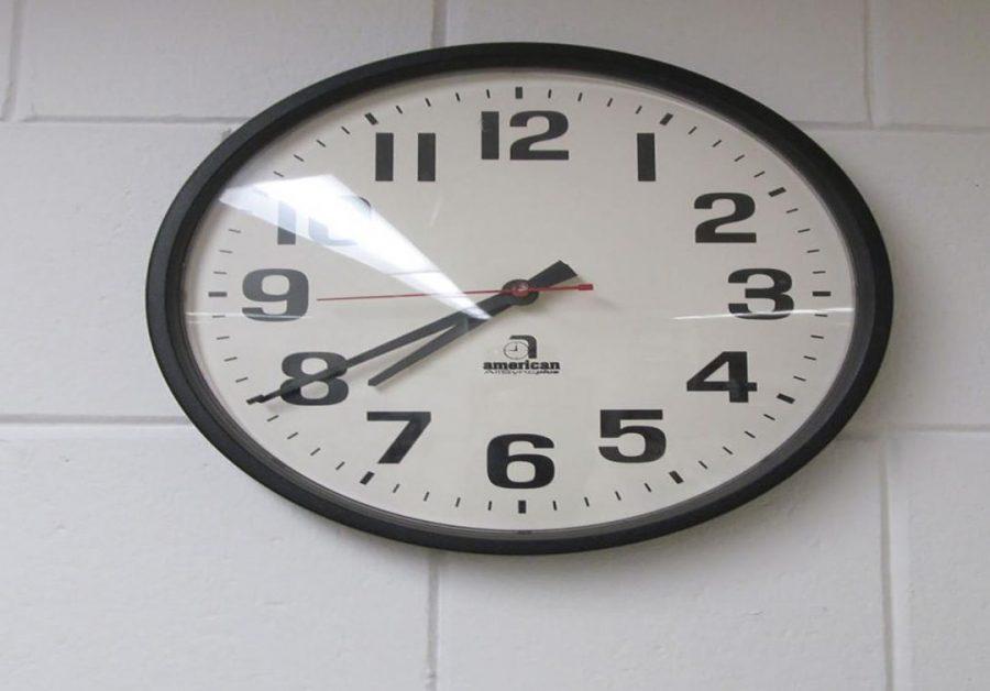 School Board postpones discussion on school start times