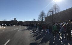 WALKOUT: SAHS walks out to remember Parkland victims