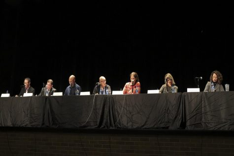 School board candidates discuss key issues