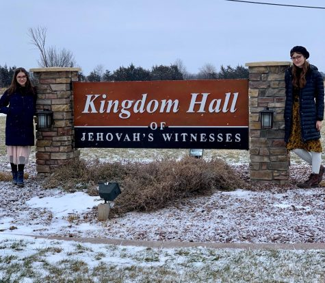 Selah Clasen shares her faith in Jehovah's Witnesses