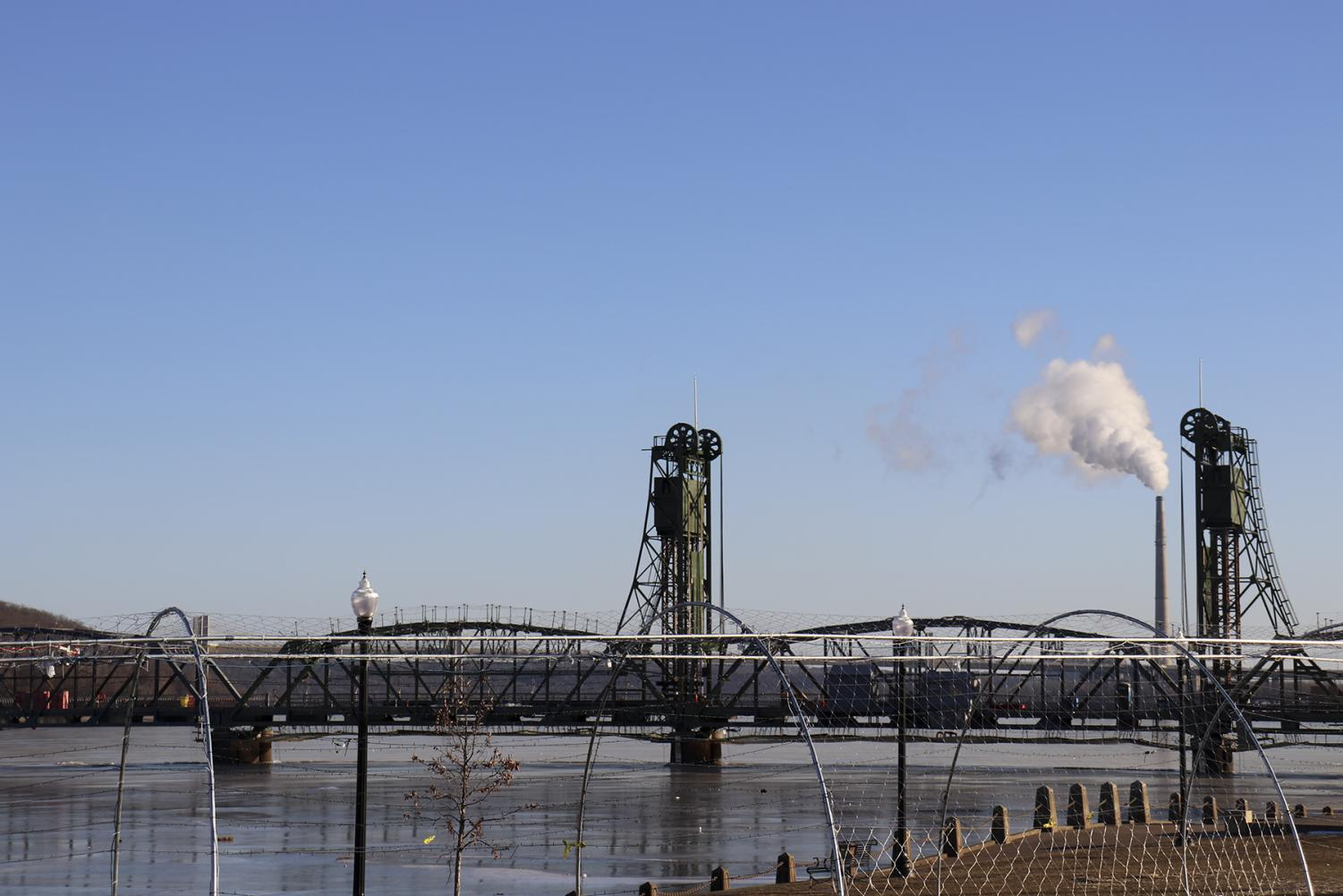 Stillwater+is+home+to+the+historic+lift+bridge+that+rests+above+the+slowly+rising+waters+of+the+St.+Croix.
