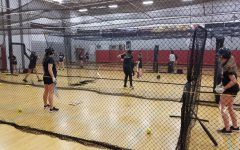 Girls softball aims to win back-to-back state titles