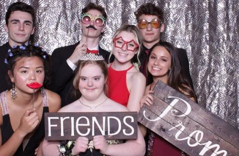 "Annual junior/senior prom ""prom""ises greatness"