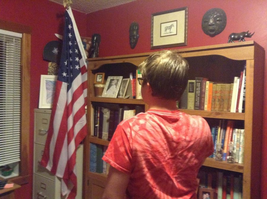 Sophomore Spenser Menard says the pledge of allegiance. The words
