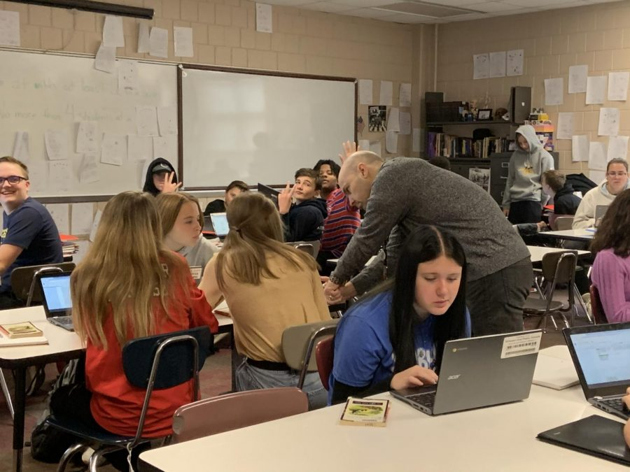 English teacher Andrew Smith has meaningful discussions with his students. One thing Smith prioritizes is keeping up to date with what his students find relevant and establishing strong connections with them that last for years to come.