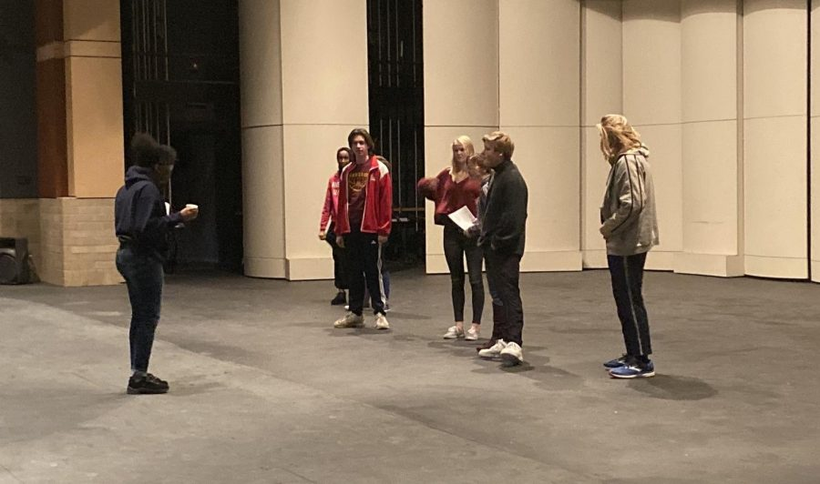 Students+in+theatre+class+practice+during+the+entirety+of+fifth+hour.+They+try+to+memorize+lines+and+blocking+as+senior+Jahnett+Coleman-Cotton%2C+a+director%2C+assists+them+on+what+to+do.