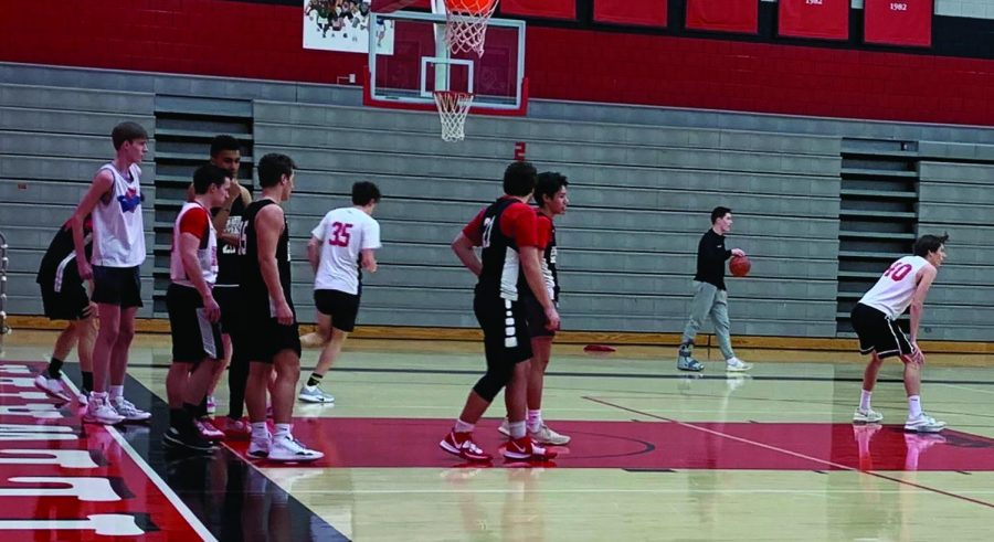 Basketball team rebuilds after loss to Mahtomedi