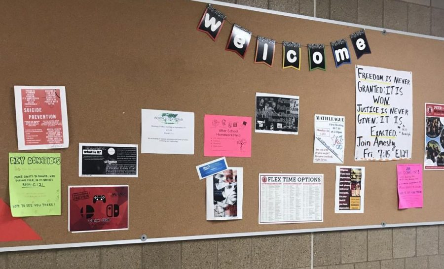Mental+Health+Awareness+signs+and+posters+are+hanging+around+the+hallways+of+SAHS.+Over+the+past+decade%2C+depression+and+anxiety+has+increased+in+students.+