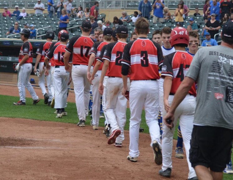 Stillwater+Ponies+15AAA+team+shakes+hands+with+STMA+15AAA+after+a+5-4+win+for+STMA.+This+game+took+place+at+Target+Field.+%0A