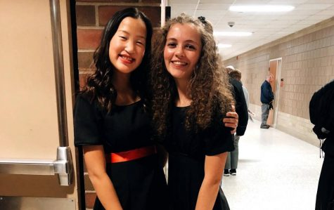 Katie Liss and Isabella Scanlan pose before their winter concert in 2019.