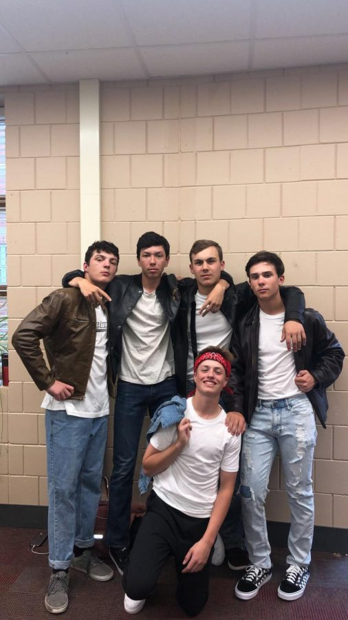 Jayden Leach, Nick Koehn, Tanner Voight, Jacob Carlson, and Timmy Fultz Posing for a picture before their stage time