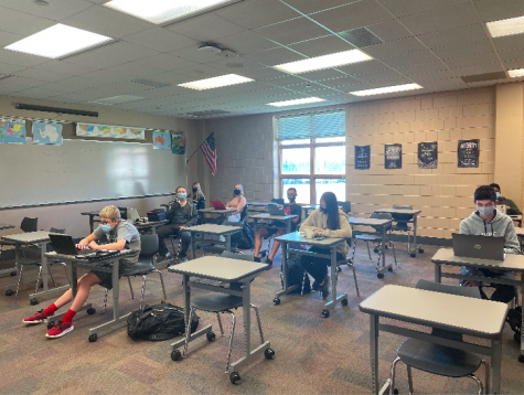 Ms. Yates B-day social studies class using part of their 84 minute class period as work time. This year, in addition to a quarter schedule, class times have also been adjusted in length from 55 minutes to 84 minutes.