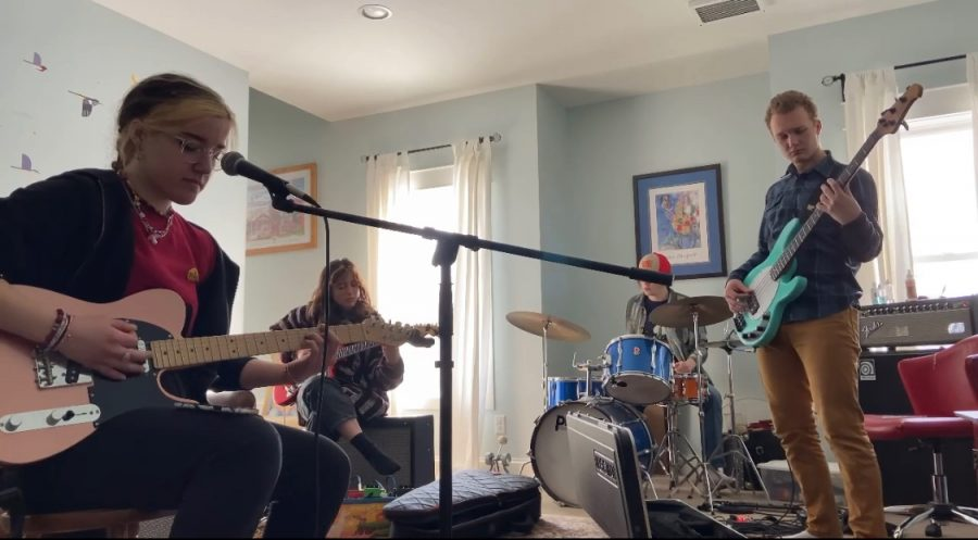 The band Saguaro plays their original song, Puzzle Pieces, a song about breakup and not getting what you are giving in a relationship. They practice in senior Isaac Reiner's living room, their regular practice spot.